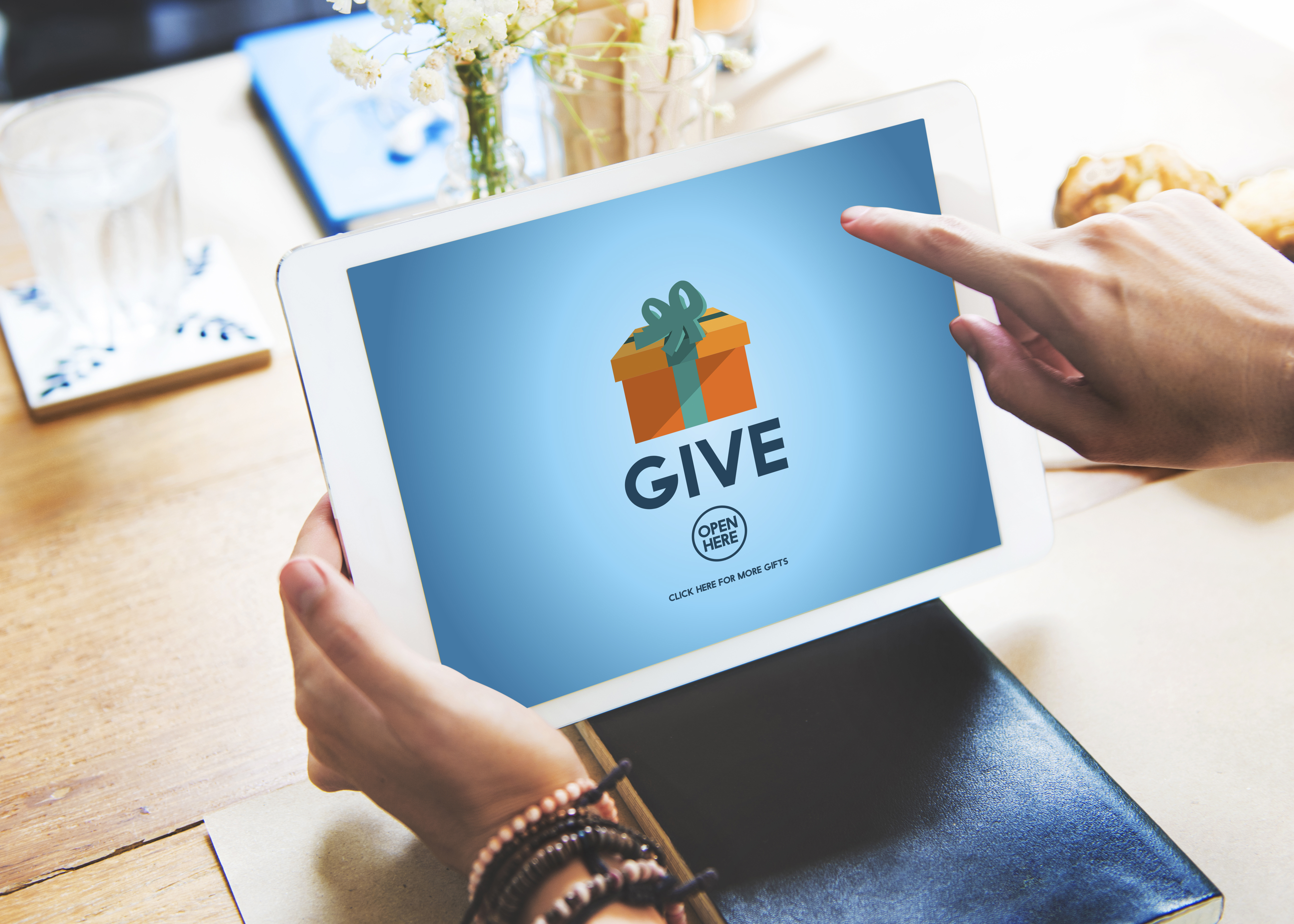 Charitable Giving Climbs in 2015, Online Donations Push Overall Growth