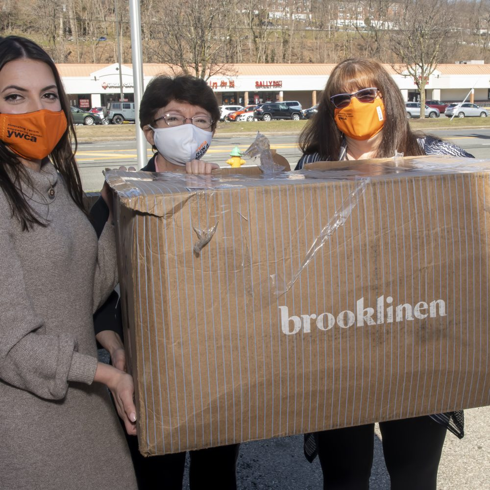 How Good360 and Brooklinen Are Bringing Comfort to Women in Need
